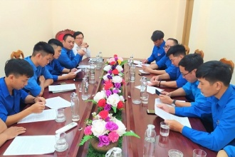 Đoàn Cơ sở VQG Phong Nha - Kẻ Bàng tổ chức làm việc với Đoàn khối Các cơ quan tỉnh